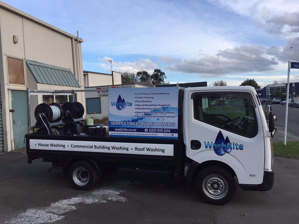 House and Roof Washing  Franchise for Sale NZ Wide