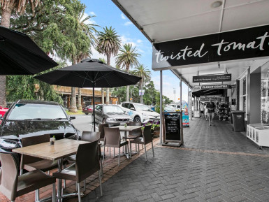 Licensed Cafe for Sale Devonport Auckland
