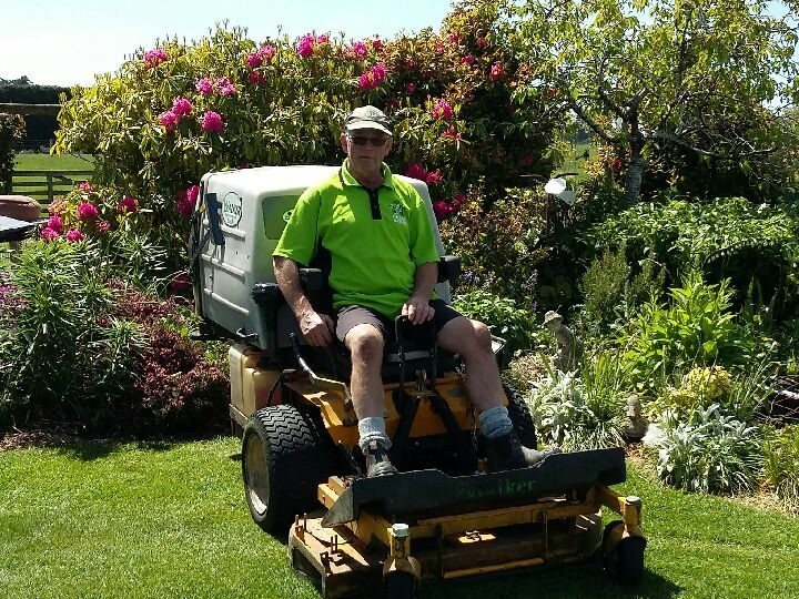 Ride-on Lawn Mowing Franchise for Sale Invercargill
